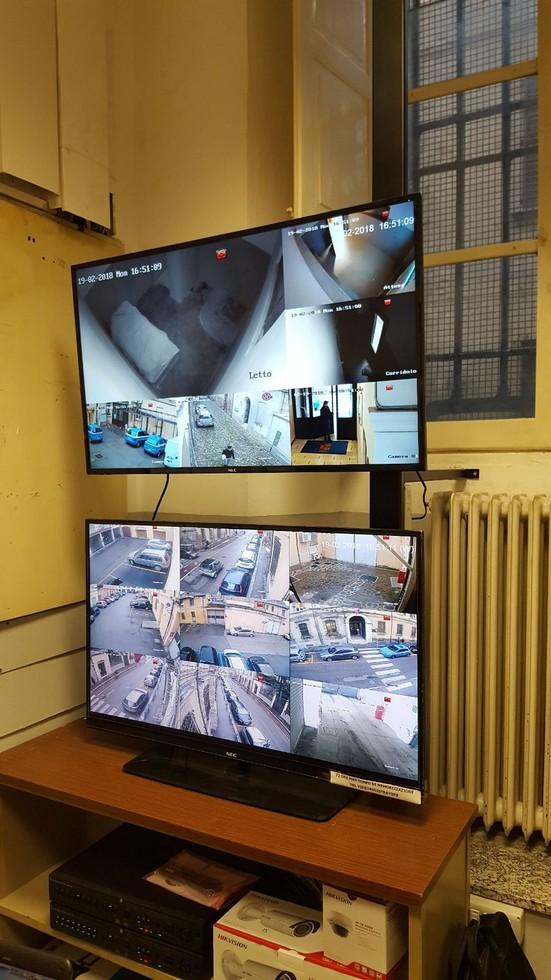 Installazione nuove telecamere presso la Questura di Forlì