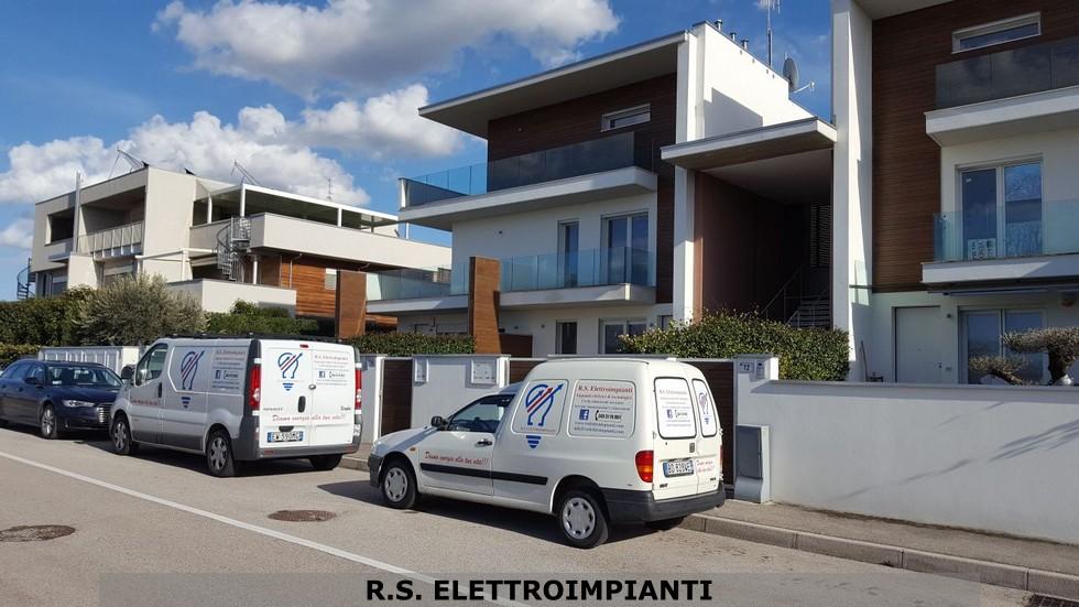 Potenziamento illuminazione esterna condominio a Forlì